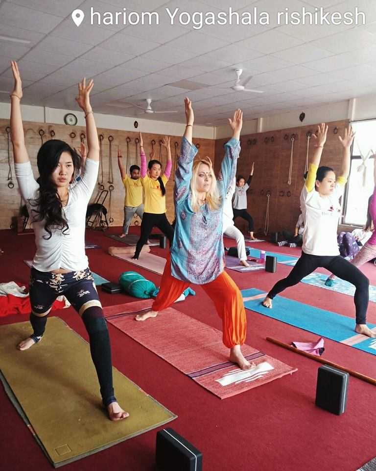 yoga-practice-with-hariom-sharma